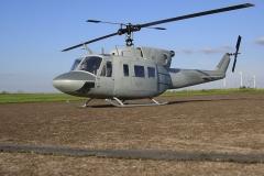 Bell 212 Marines 01